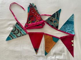 Fuschia Pink and Teale Triangular Bunting (8M)